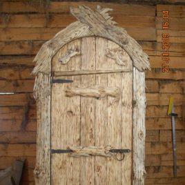Дверь пд старину «Изба»