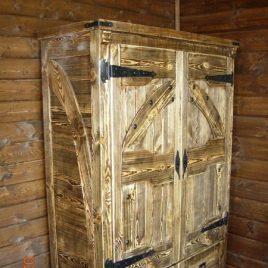 Шкаф под старину «Дарий»