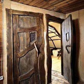 Дверь под старину «Услада»