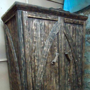 Шкаф под старину «Кардинал»