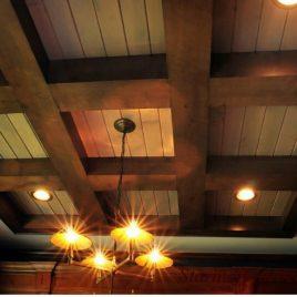 Потолочные балки декоративного типа